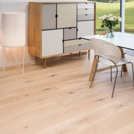 Eik Country Børstet Hvid Ultramatt lakk 220mm<br/ > Timberman Wideplank